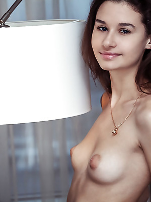 Showy Beauty  Anchen  Solo, Softcore, Erotic, Naughty, Striptease, Real